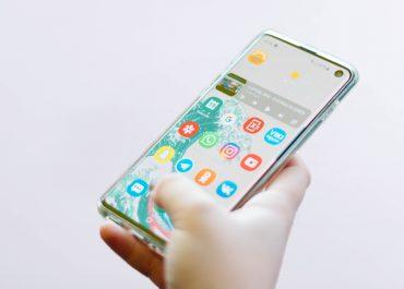Utilisation du mobile en 2021 : comment adapter la relation client ?